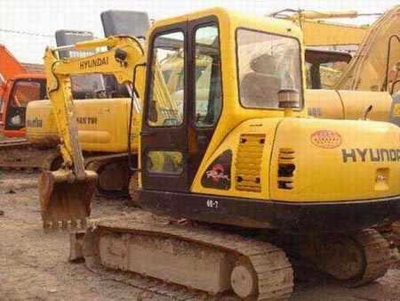 现代小挖机