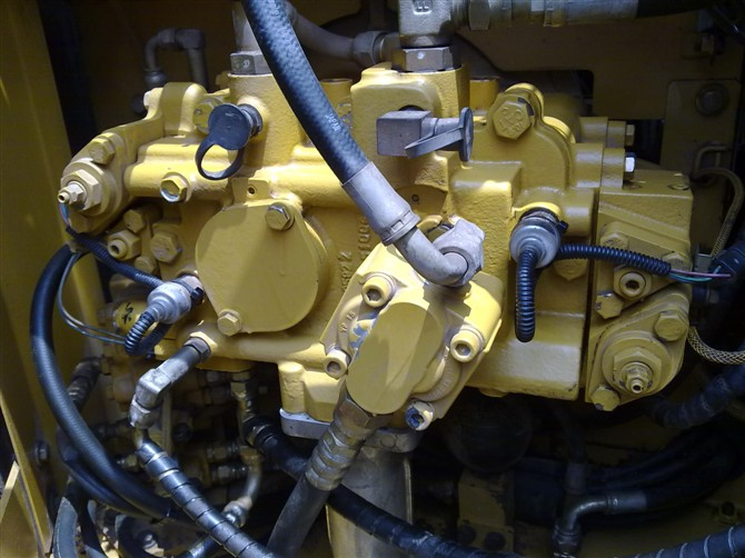 二手卡特312C挖机液压泵