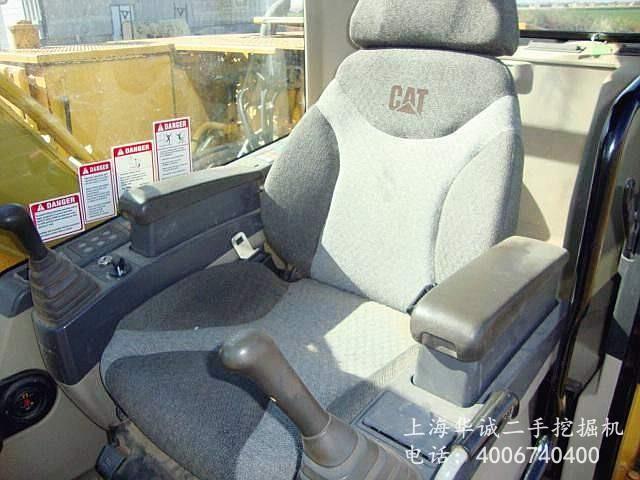 卡特312C驾驶室