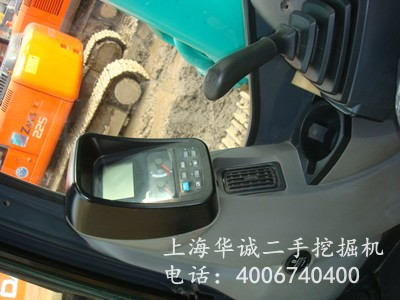 神钢SK210LC-8控制面板