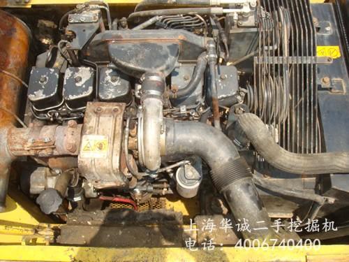 小松PC220-6发动机